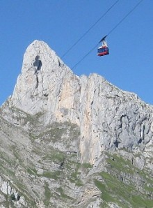 Fuente De cable car and Peña Remona